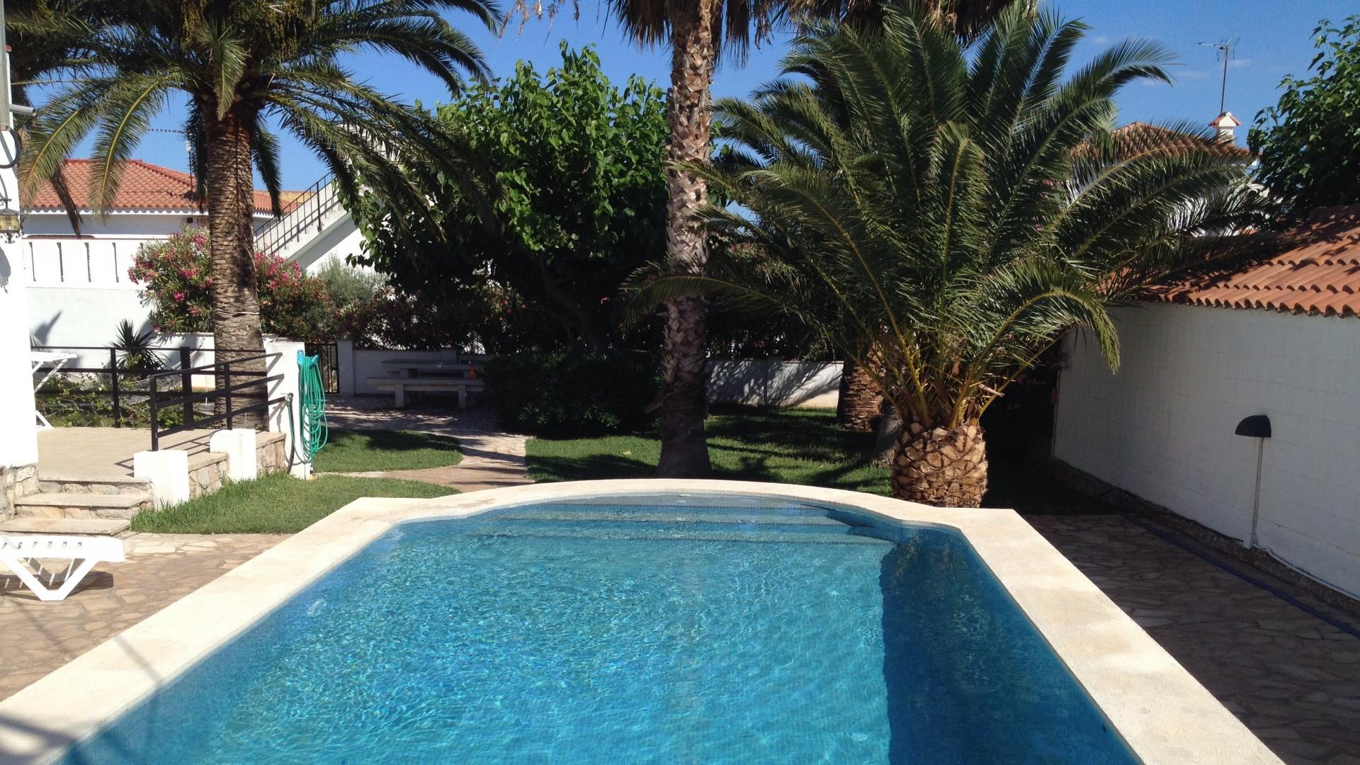 Villa -                                       Alcanar -                                       3 bedrooms -                                       6 persons