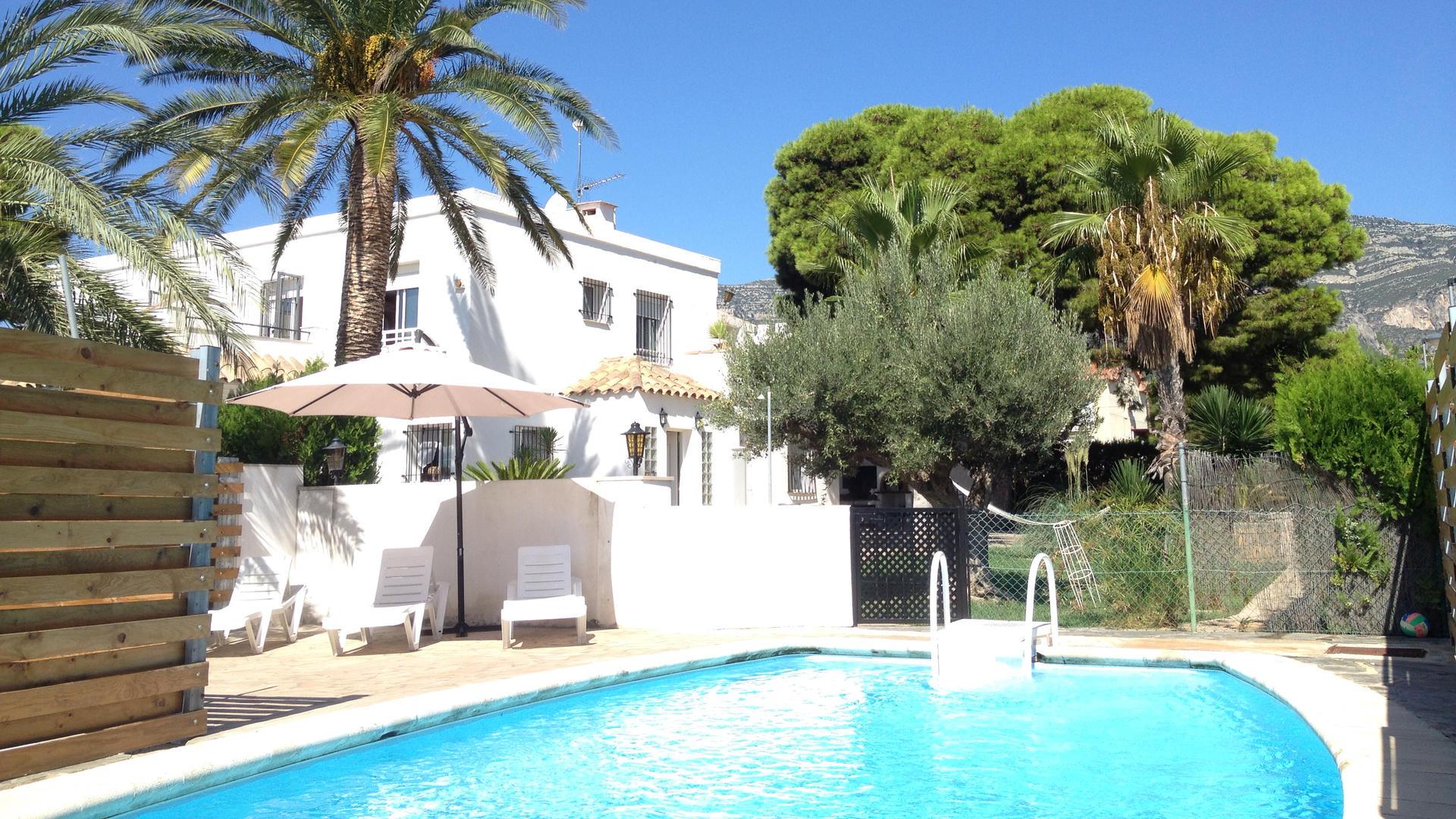 Villa -                                       Alcanar -                                       4 bedrooms -                                       8 persons