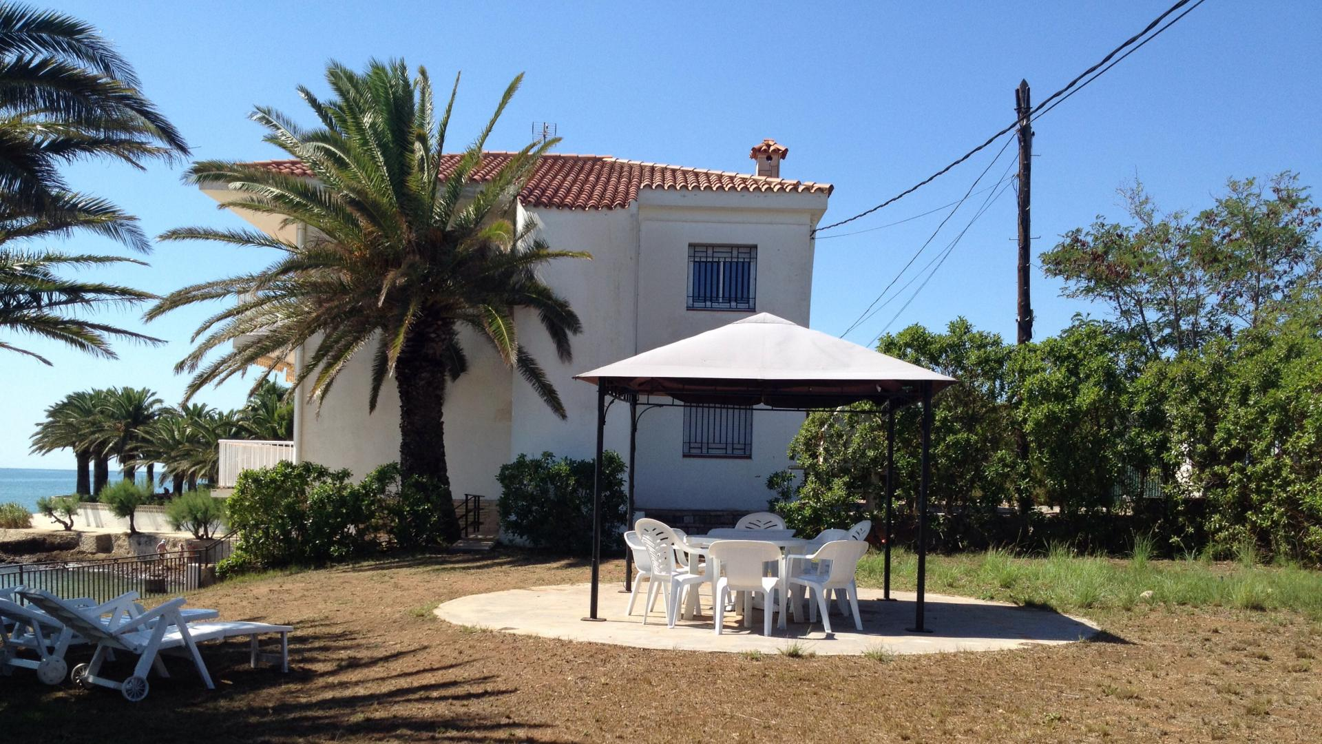 Villa -                                       Alcanar -                                       5 bedrooms -                                       10 persons
